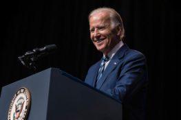 Cheques de estímulo y Gary Gensler: ¿El presidente electo Joe Biden Long está en Bitcoin y Altcoins?