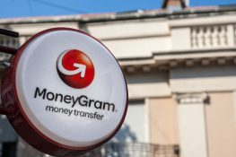 MoneyGram pone en suspenso la asociación de Ripple debido a una demanda ante la SEC