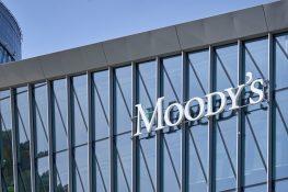 Moody's ingresa al espacio criptográfico y quiere contratar un analista de criptomonedas