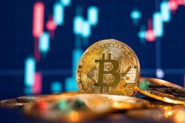 Bitcoin se eleva por encima de la media móvil de 200 días con la confirmación de una cruz dorada